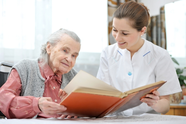 Reasons Why You Encourage Your Senior Loved Ones to Read
